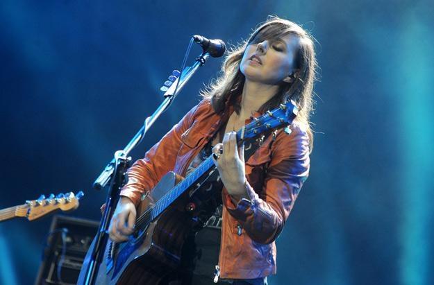 Edyta Bartosiewicz podczas festiwalu Orange Warsaw w 2010 roku - fot. Andras Szilagyi /MWMedia