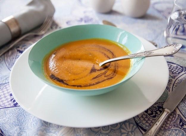 Egzotyczna zupa z dyni /materiały prasowe