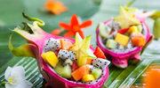 Egzotyczne owoce w prostych deserach