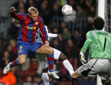 Eidur Gudjohnsen to jeden z głównych celów transferowych West Ham United /AFP