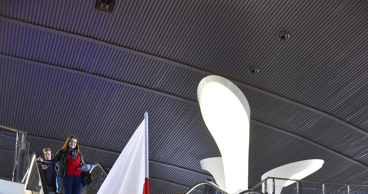 Ekipa RMF FM na Dworcu Centralnym w Warszawie