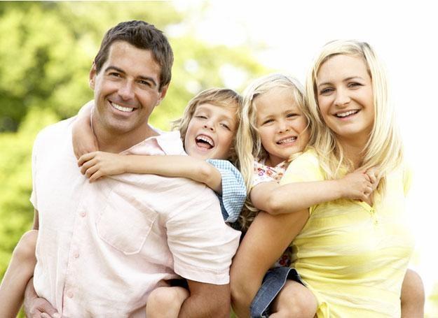 """Ekonomia wpływa na utrwalenie """"typowego modelu"""" rodziny /© Panthermedia"""