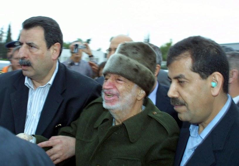 Ekshumację Jasera Arafata przeprowadzono w listopadzie 2012 roku. /PAP/EPA