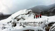 Eksperci: Hotel Rigopiano zbudowany na resztkach skał i lawin