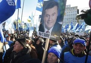 """Ekspert: Janukowycz dostanie od Rosji pieniądze, a wtedy zacznie """"przykręcać śrubę"""""""