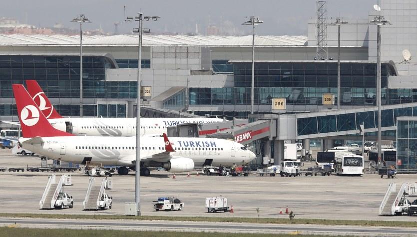Eksplozje i strzelanina na lotnisku w Stambule. 10 osób zginęło, kilkadziesiąt jest rannych