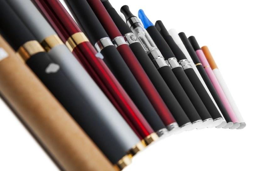 Elektroniczne papierosy są dużo groźniejsze, niż nam się wydawało /©123RF/PICSEL