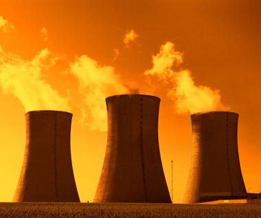 Elektrownia atomowa z pięcioletnim poślizgiem