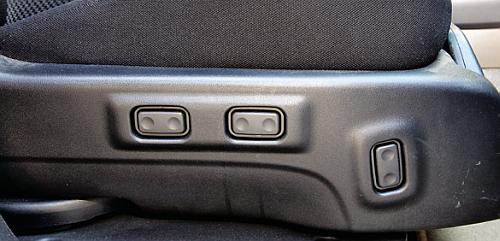 Elektryczna regulacja foteli występowała w wersji X. To także nieczęsto spotykane wyposażenie. /Motor