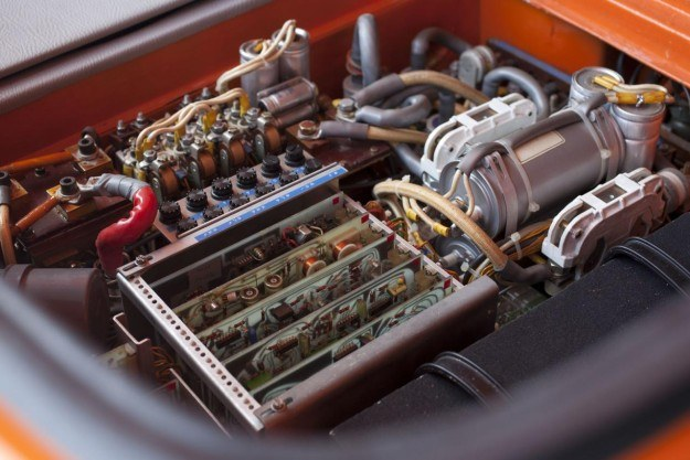 Elektryczne BMW 1602 /