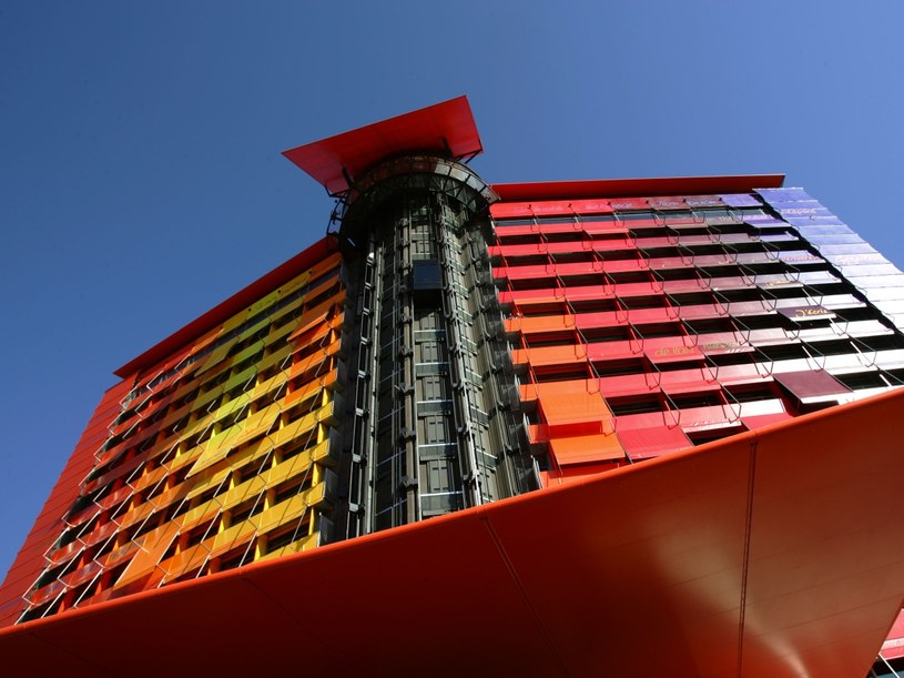 Elewacja hotelu Puerta America  /AFP