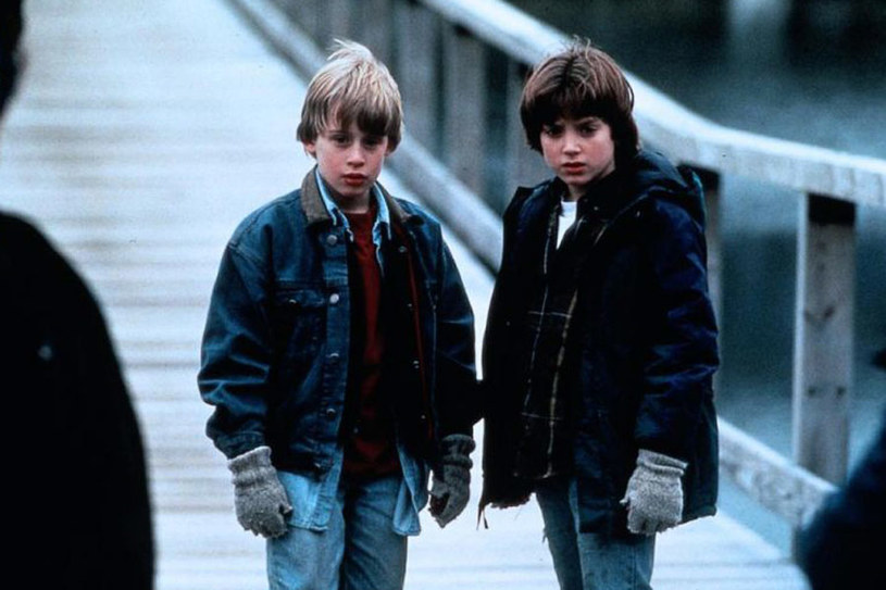 """Elijah Wood i Macaulay Culkin w filmie """"Synalek"""" /materiały dystrybutora"""