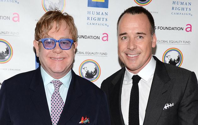 Elton John i David Furnish / Michael Kovac /Getty Images