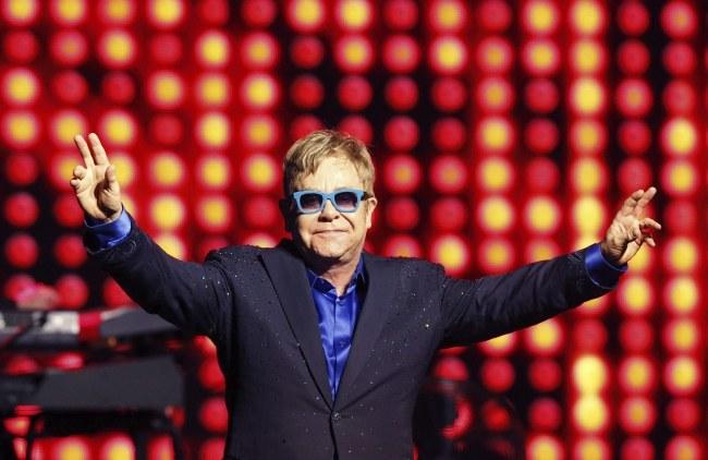 Elton John /PAP/EPA/ALBERTO MARTIN /PAP/EPA