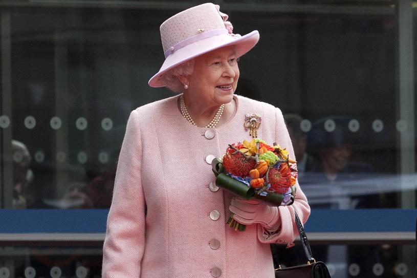 Elżbieta II ma starannie zaplanowany każdy dzień. /Getty Images