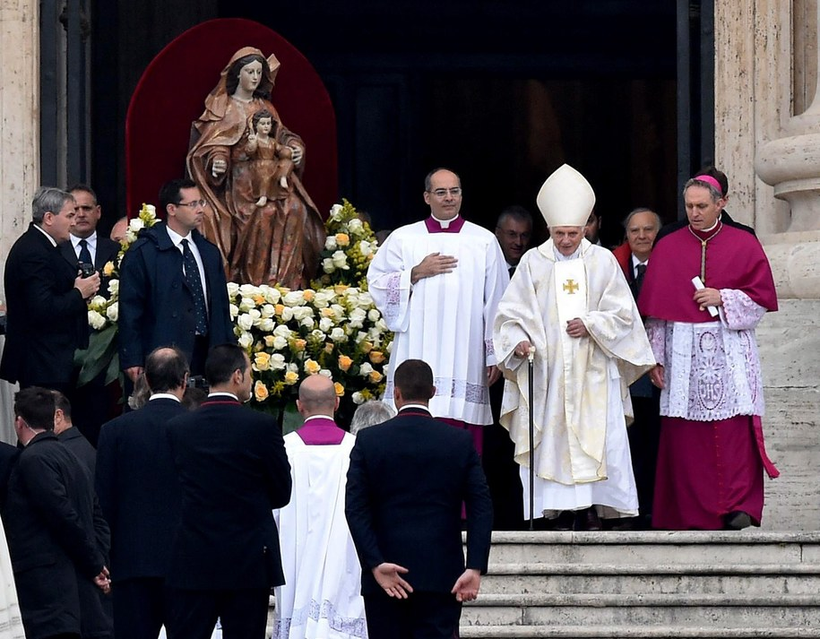 Emerytowany papież Benedykt  XVI /ETTORE FERRARI /PAP/EPA