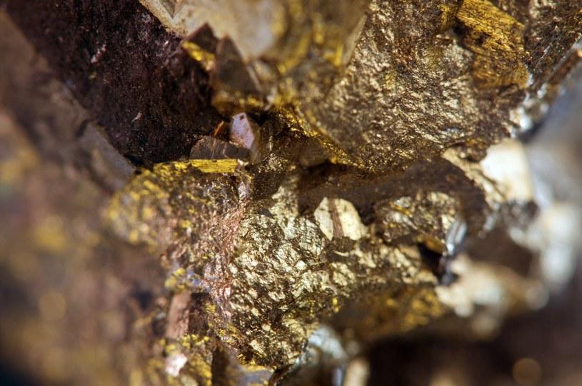 """Endohedralny fuleren - przy nim złoto jest """"bezwartościowe"""" /123RF/PICSEL"""