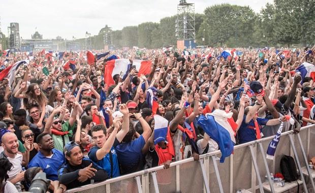 Euro 2016. Fani szturmowali strefę kibica. Policja użyła gazu łzawiącego