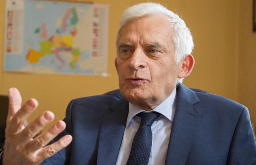 Eurodeputowany Jerzy Buzek. /Andrzej Grygiel /PAP