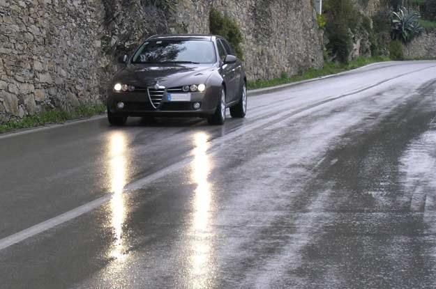 Europa w kwestii stosowania świateł w ciągu dnia jest podzielona /INTERIA.PL