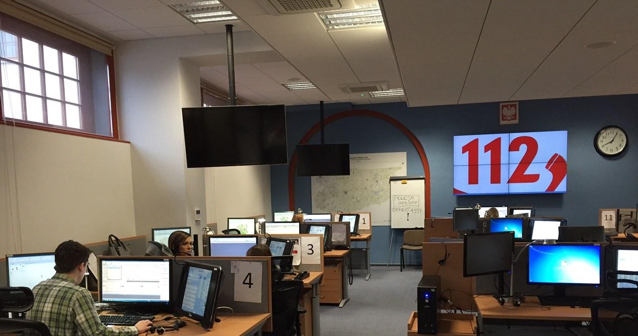 Europejski dzień numeru 112. Zobacz jak wygląda praca jego operatorów