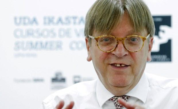 """Europosłowie chcą kary dla Verhofstadta. Za słowa o """"marszu faszystów w Warszawie"""""""