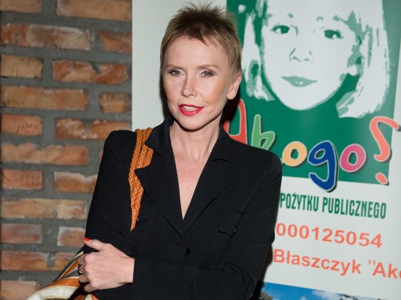 Ewa Błaszczyk gra w teatrze i filmie, jeździ z recitalami, prowadzi fundację  /Jarosław Antoniak /MWMedia