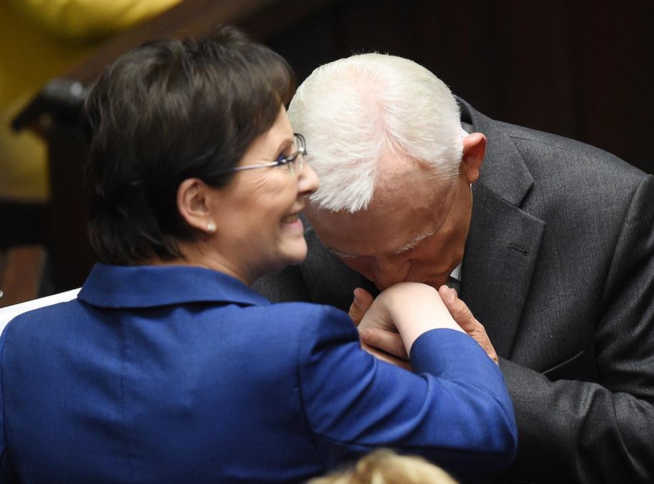 Ewa Kopacz i Leszek Miller po głosowaniu nad wotum zaufania /Radek Piertuszka /PAP