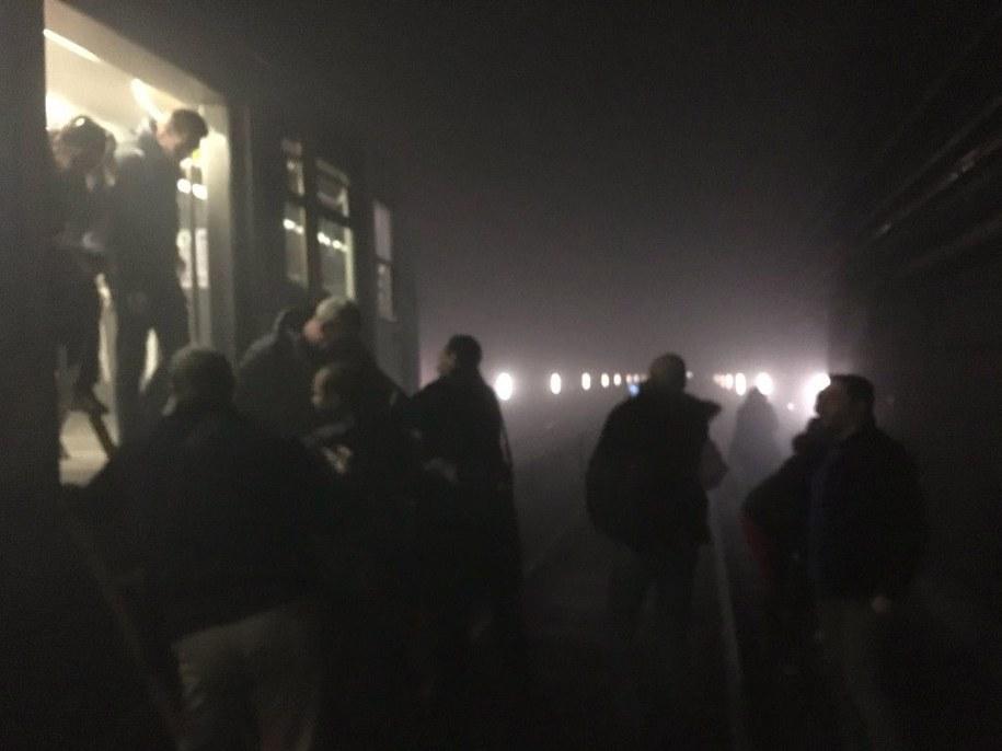 Ewakuacja brukselskiego metra /EVAN LAMOS/EURACTIV  /PAP/EPA