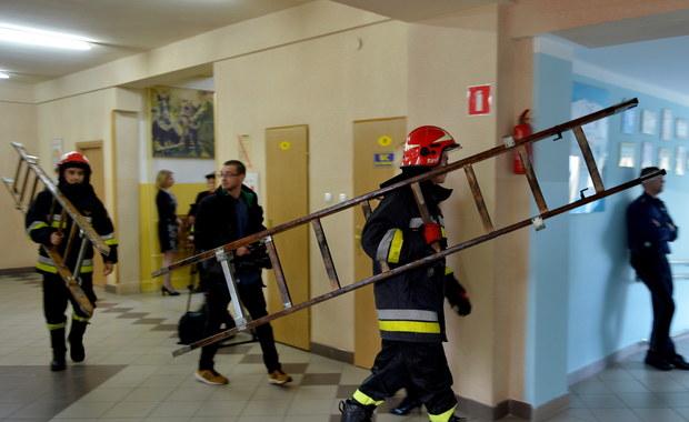 Ewakuacja szkoły w Mielcu, 45 dzieci w szpitalu. Znamy prawdopodobną przyczynę