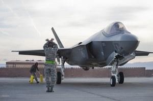 F-35 z bronią cybernetyczną