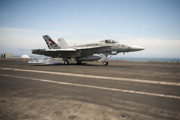 F/A-18E Super Hornet.   Fot. U.S. Navy photo by Mass Communication Specialist Seaman Christopher D. Gaines/Released /materiały prasowe