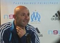 Fabien Barthez w przyszłym roku zakończy piłkarską karierę /AFP