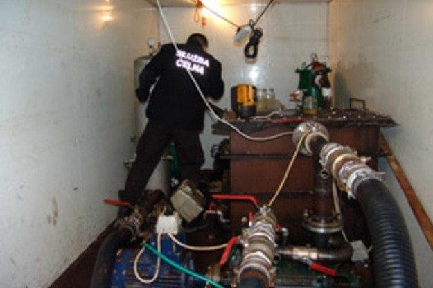 Fabryka w ciężarówce / Fot: Służba Celna /