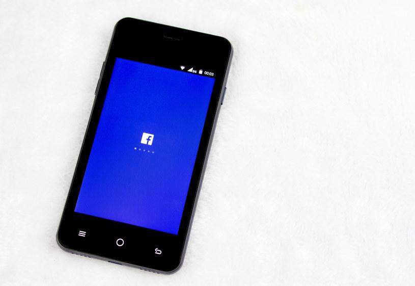 Facebook Lite powstał z myślą o krajach rozwijających się /©123RF/PICSEL