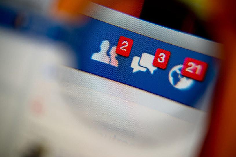 Facebook znów zaskakuje! /123/RF PICSEL