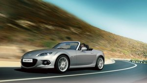 Facelifting Mazdy MX-5