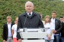 """""""Fakt"""": Polacy rozczarowani PO. Młodzi wybrali PiS"""