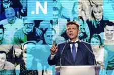 """""""Fakt"""": Politycy Nowoczesnej wzięli """"500 plus"""" i zapomnieli"""