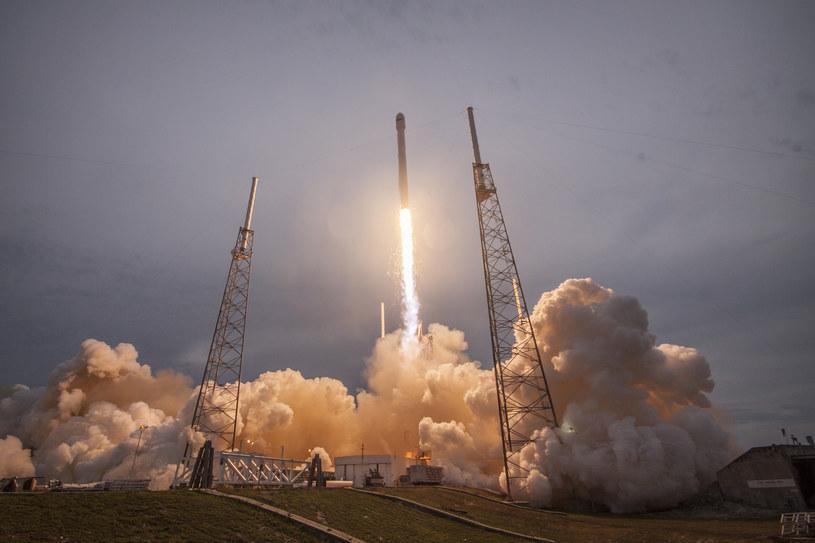 Falcon 9 może mieć błąd konstrukcyjny /materiały prasowe