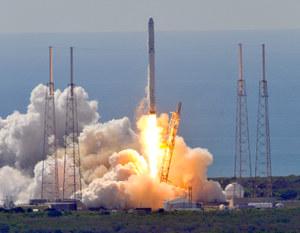 Falcon 9 - start i próba lądowania już w niedzielę