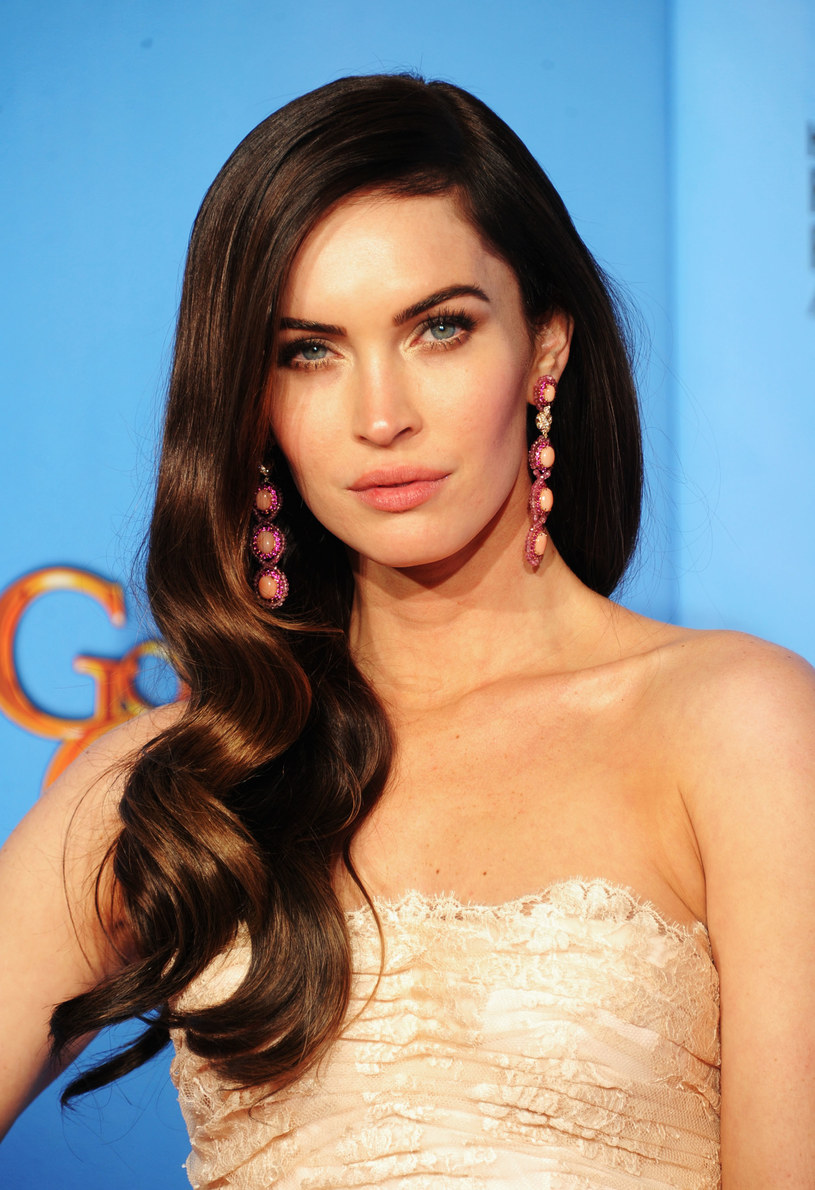 Fale - znak firmowy Megan Fox /Getty Images/Flash Press Media