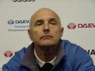 Falstart w rundzie wiosennej kosztował Oresta Lenczyka utratę posady szkoleniowca Wisły /RMF