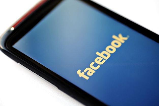 Fałszerstwa to dla Facebooka duży problem /©123RF/PICSEL