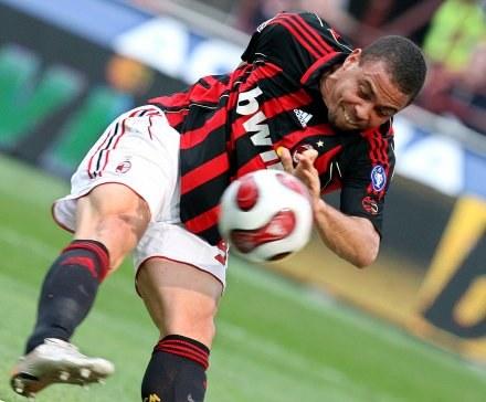 Fani AC Milanu czekają na powrót Ronaldo /AFP