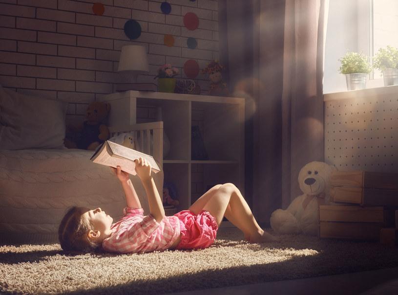 Fascynujący świat literatury potrafi wciągnąć /©123RF/PICSEL