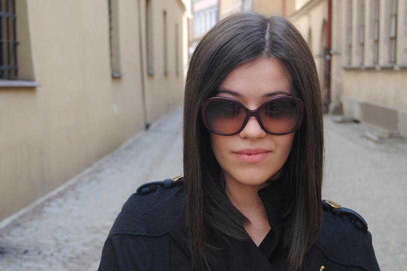 Fashionelka jest jedną z najlepiej zarabiających blogerek modowych /Eliza Wydrych /Styl.pl