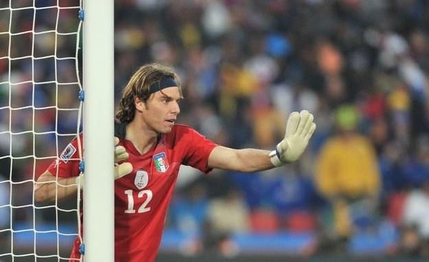 Federico Marchetti w meczu reprezentacji Włoch ze Słowacją /AFP