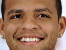 Felipe Melo wyręczył bramkarza i obronił karnego!