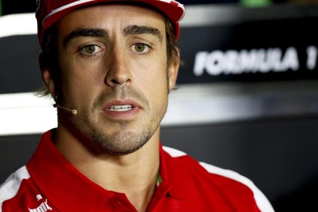 Fernando Alonso chce się skupić na następnym sezonie /VALDRIN XHEMAJ    /PAP/EPA